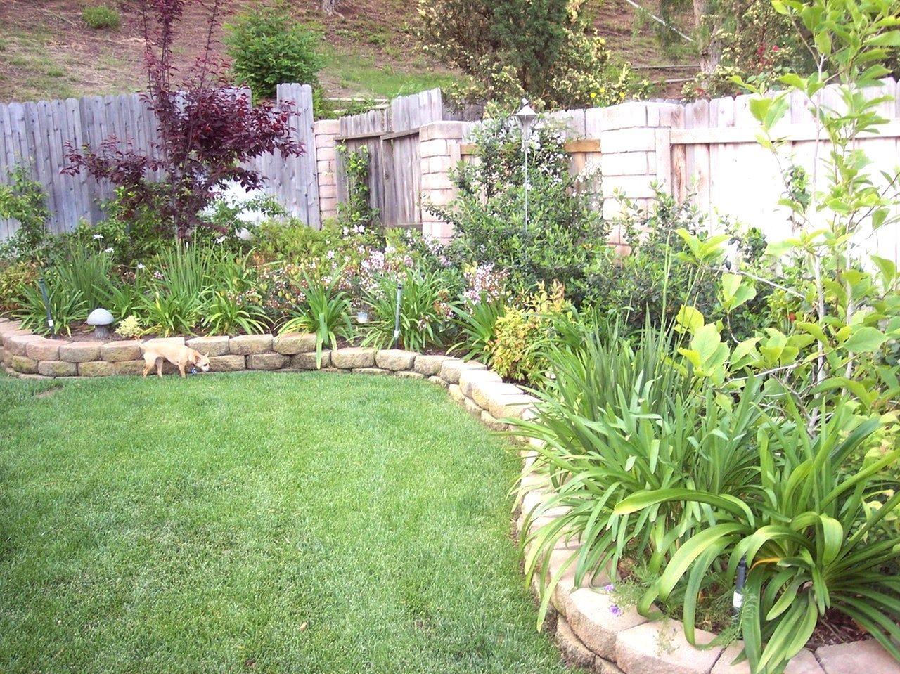 Garden Inspiration Nz | Small Backyard Landscaping, Backyard Garden Design, Small Backyard Gardens
