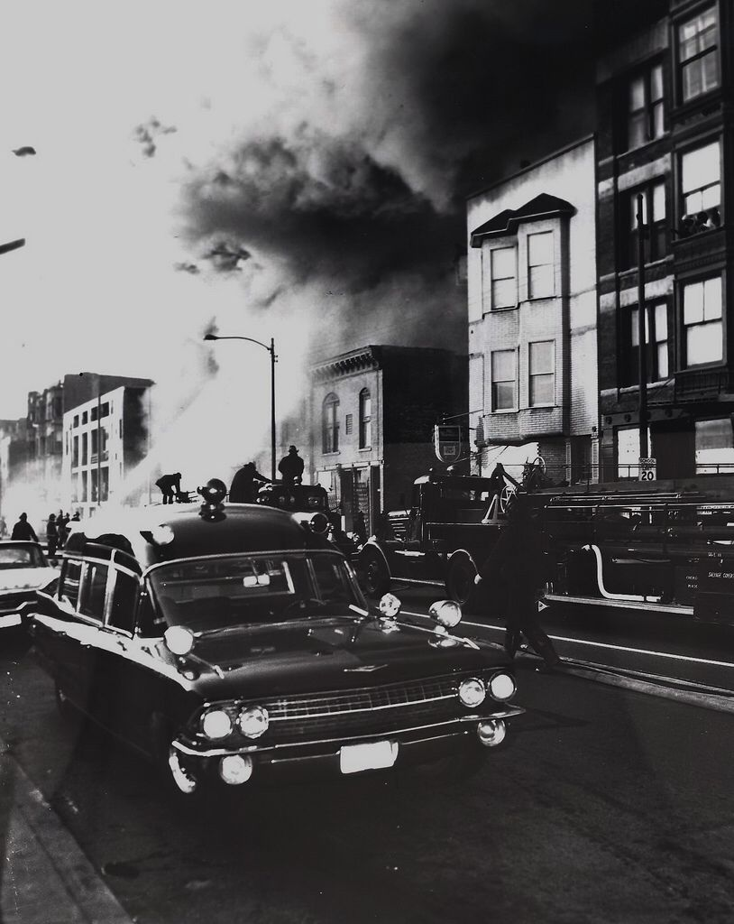 Cfd 2 11 Oct 10 1966 4156 S Cottage Grove 001 Fire Trucks Chicago Fire Department Cottage Grove