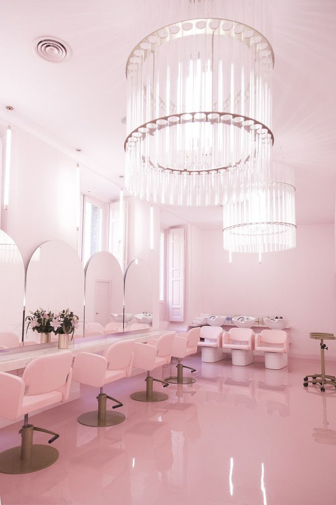 THE MOST INSTAGRAMEABLE BEAUTY SALON