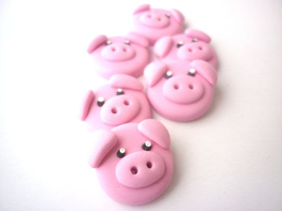 Pig buttonsPolymer clay buttonspig shaped by JustFingerPrint, $10.00