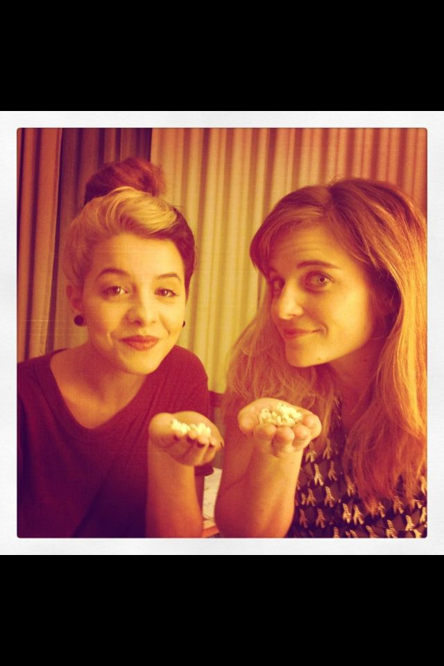 Melanie and Suzanna eating popcorn