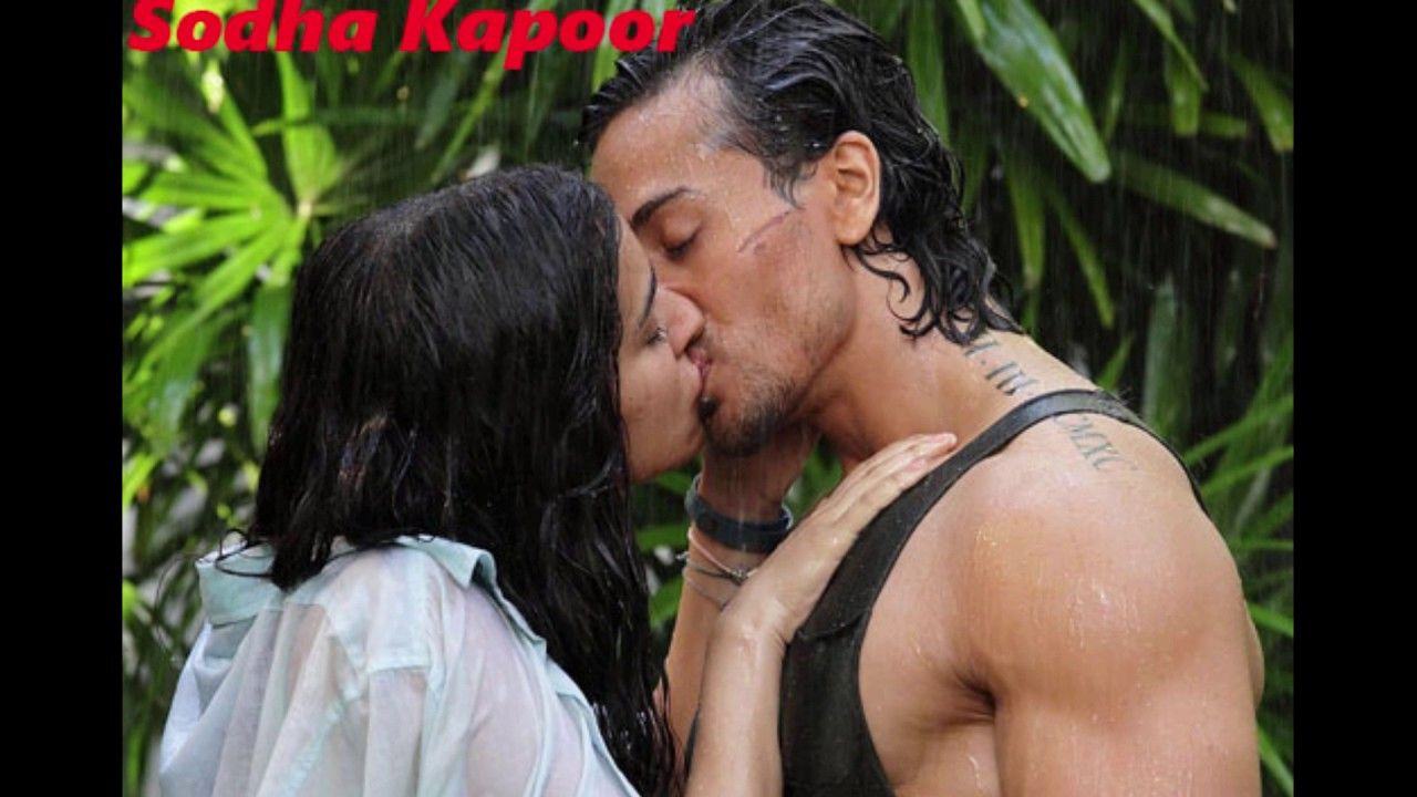 Best Kiss Video In Bollywood