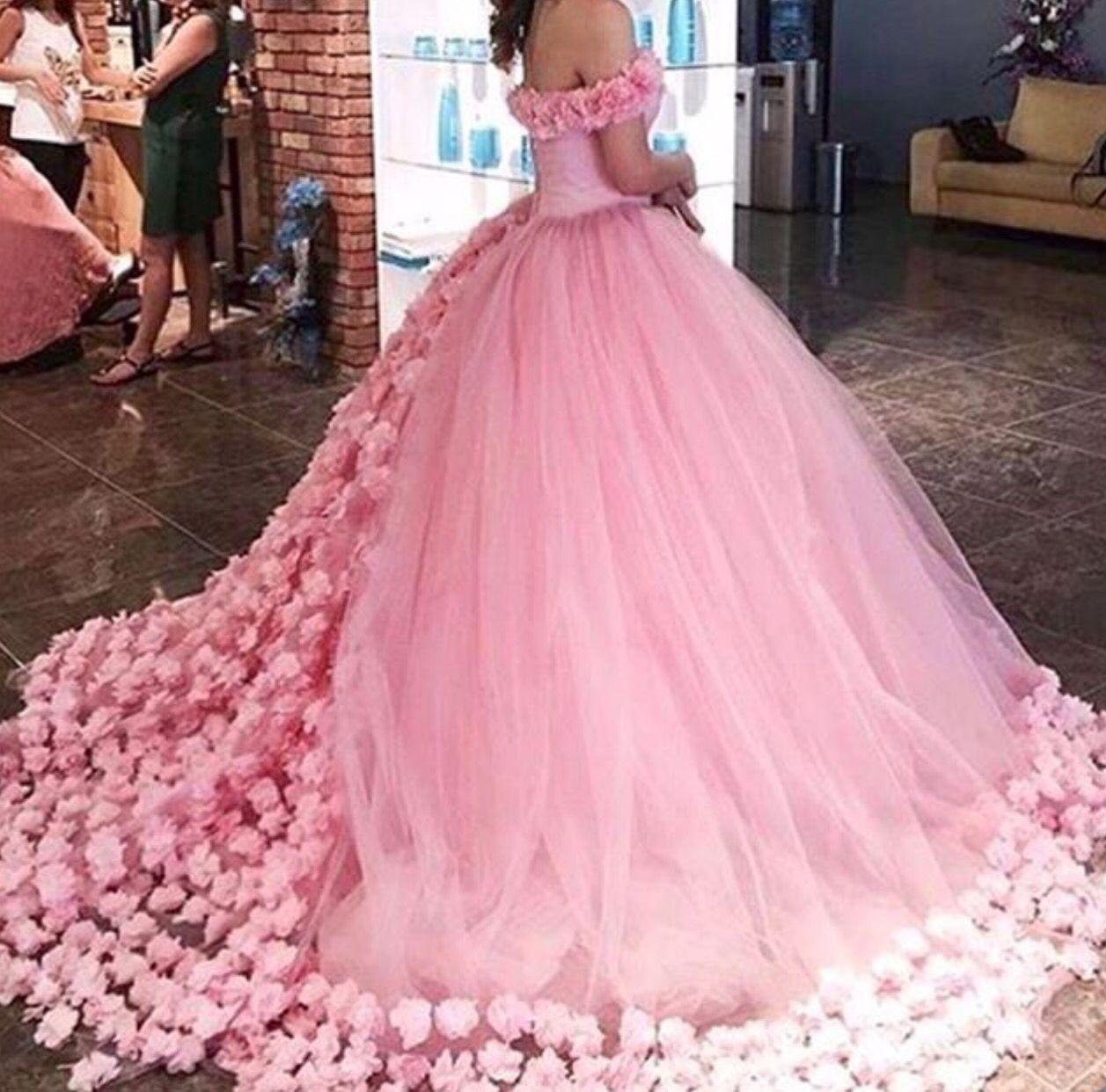 Pin de linda en .cute. | Pinterest | vestidos XV, Ropa y Vestiditos