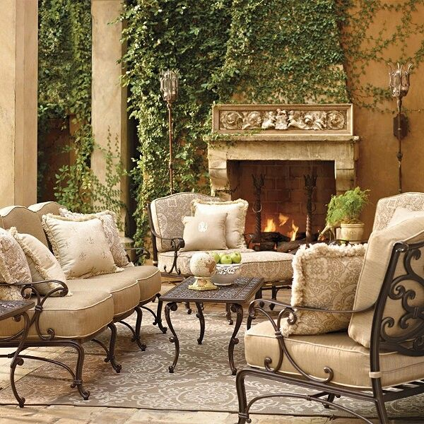 Outdoor Living Room Furniture: Outdoor Living At Its Finest......