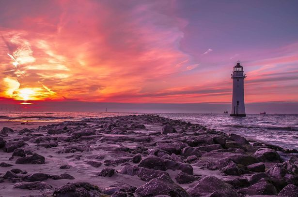 13 Pictures Of New Brighton Lighthouse That Are Out Of This World