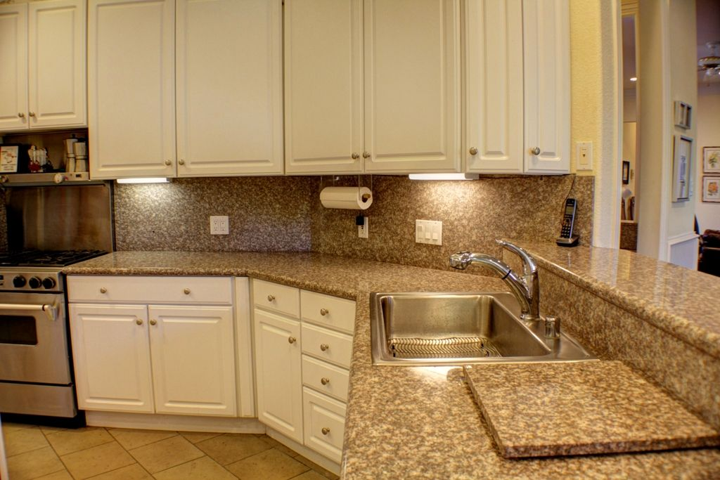 Mistletoe Dr, Kitchen. Fort Worth homes for sale