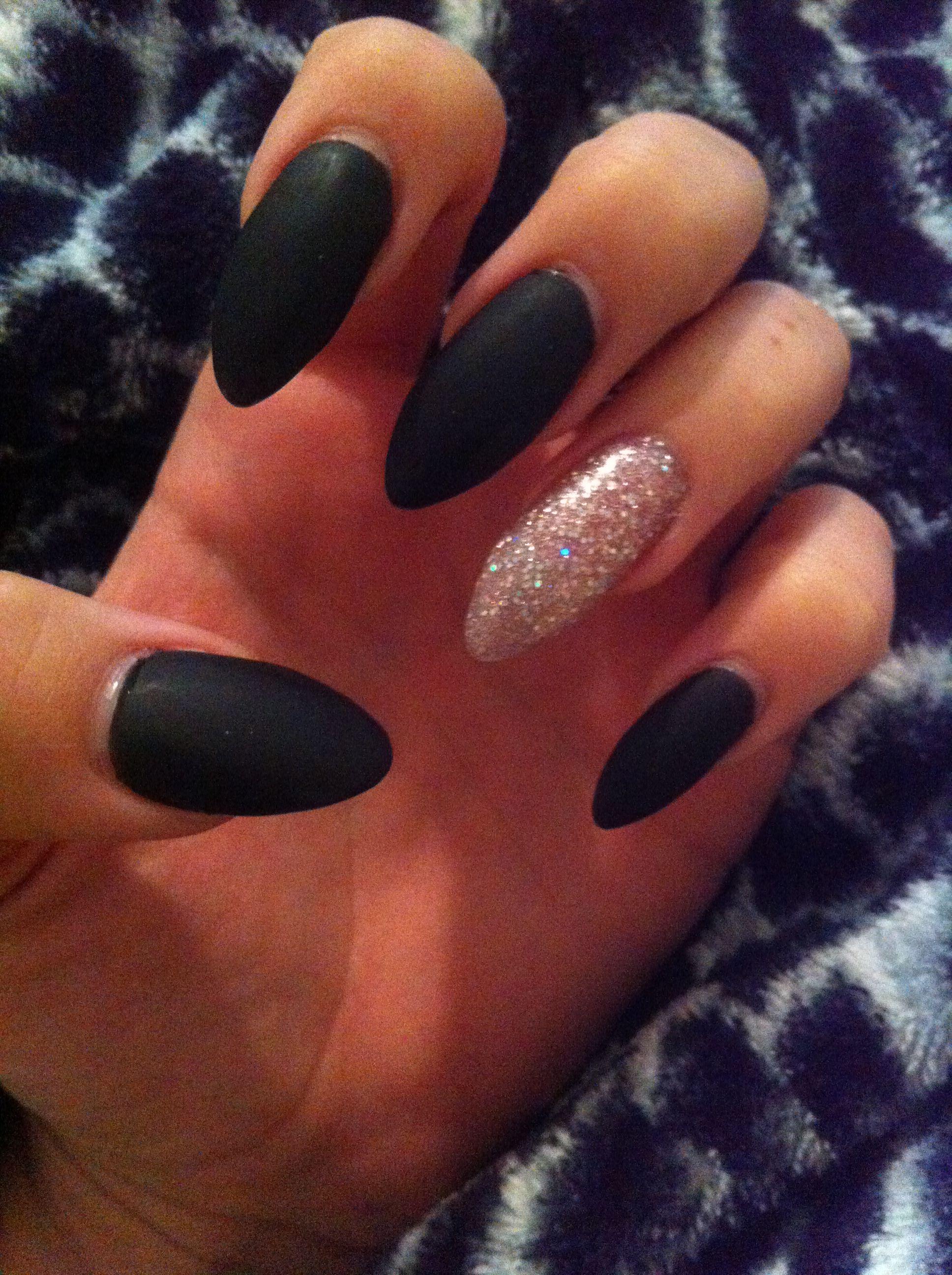 Stiletto nails matte black and glitter   nails   Pinterest ...