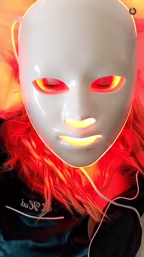 Kate Hudson LED Light Therapy Face Mask — Kate Hudson Beauty Routine   InStyle.com