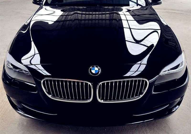 Get a bright black color in your car using Auto Smart