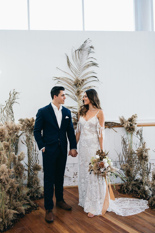 Autumn australia wedding inspiration with dried palms u pears