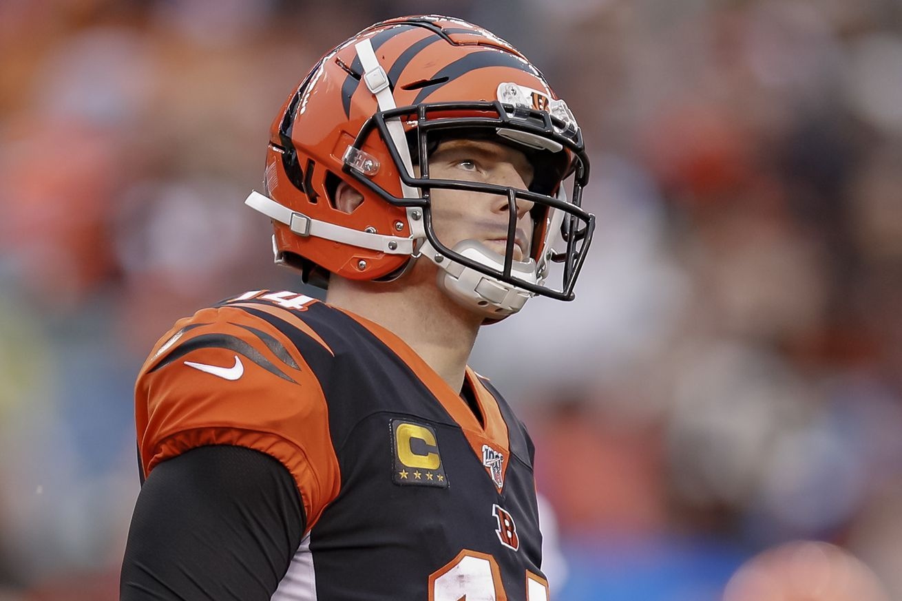 Andy Dalton Will Not Be Joining The Patriots Signs One Year Deal With Cowboys Nfl News Nfl Update Nfl Nfl Slash In 2020 Patriots Nfl News Patriots Sign