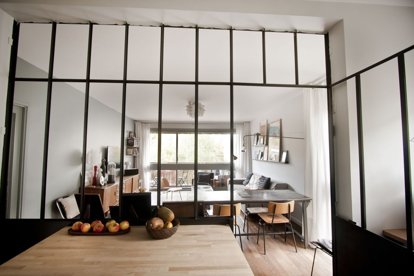 Emejing Table Salle A Manger Atelier Gallery - Amazing House ...
