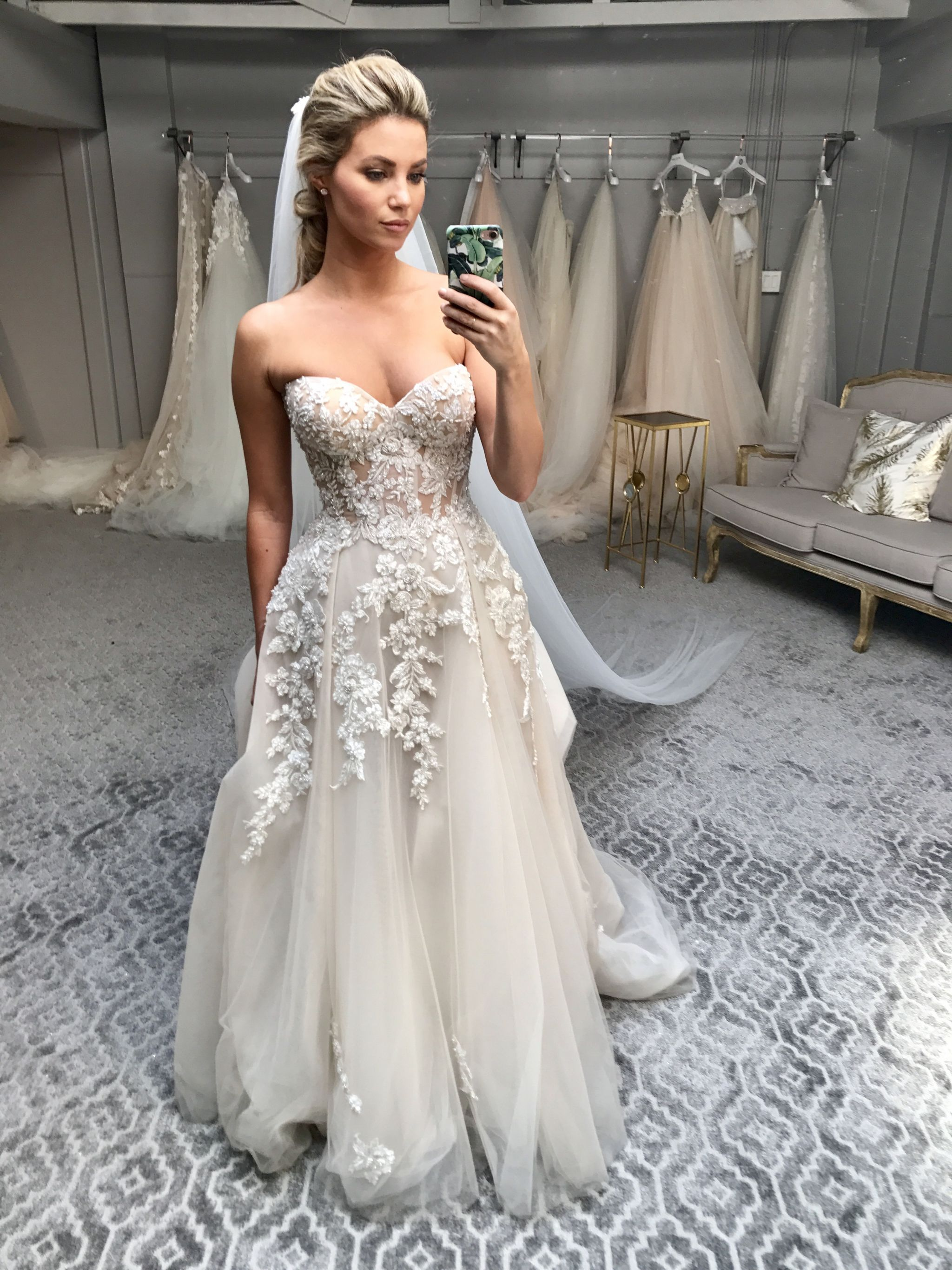 amber lancaster wearing galia lahav for the wedding in 2019