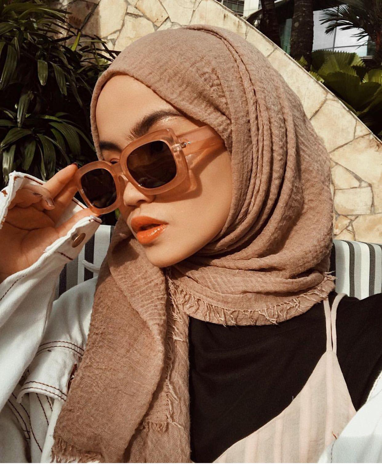 Pin Oleh Maryam Di Shades Gaya Hijab Model Pakaian Hijab Gaya Jalanan Wanita