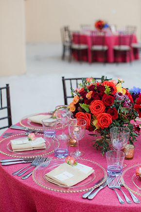 Colorful Table scape at destination wedding in Cabo San Lucas Photo by: sararichardsonphoto.com