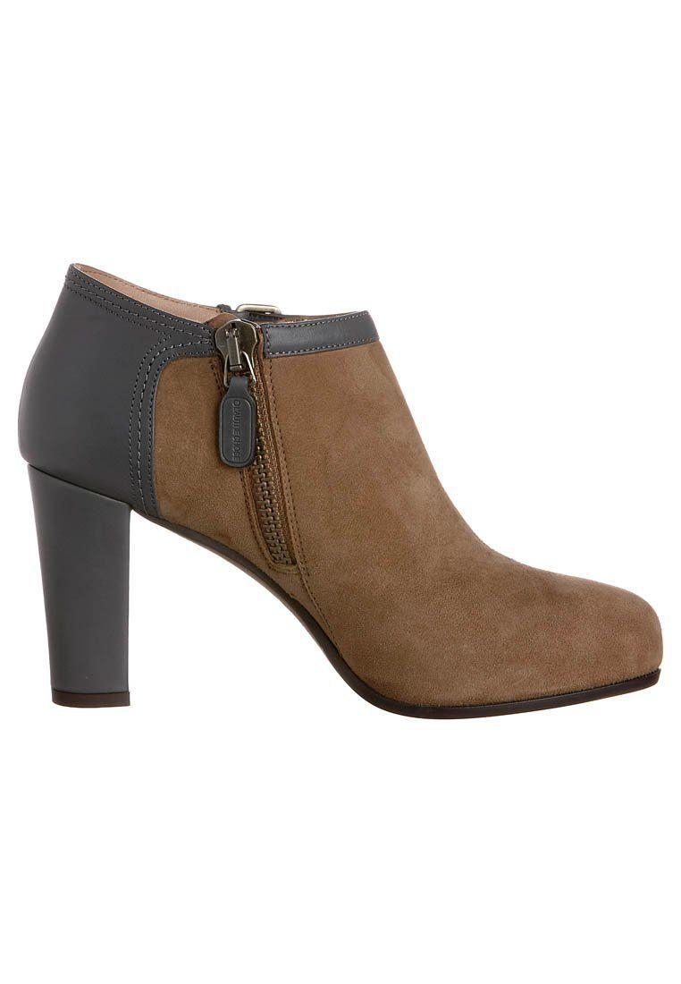 Warum bist Du so teuer, schöner Schuh?