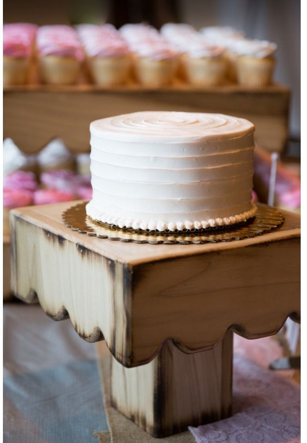 A 6 Inch Wedding Cake From Albertsons Supermarket Which Was Quite