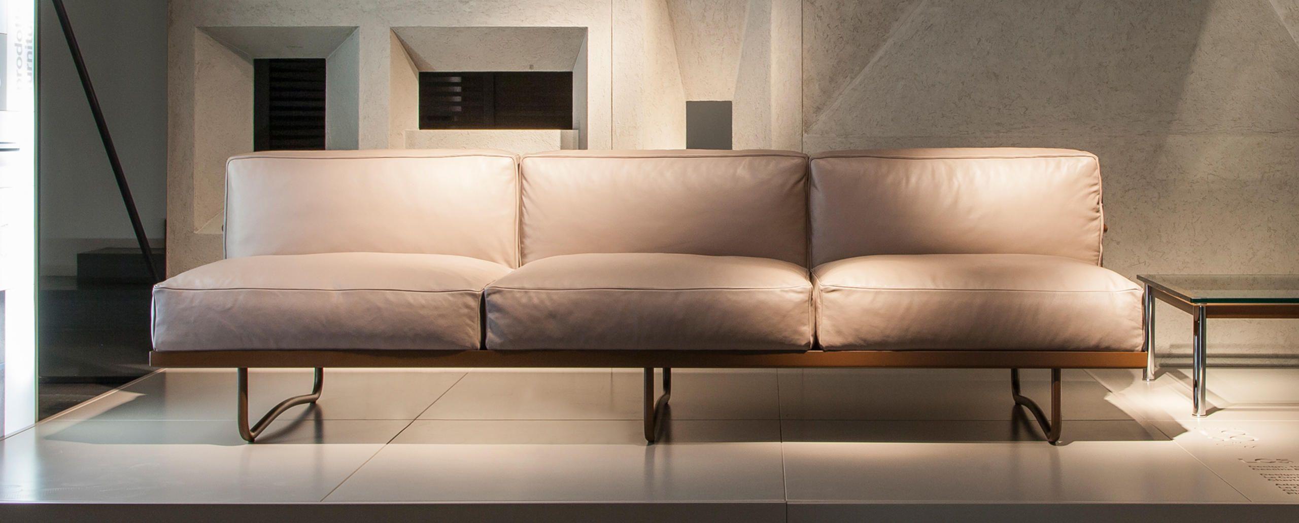 pomona sofa off white reclining lc5 le corbusier jeanneret perriand cassina