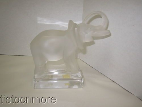 VINTAGE LALIQUE CLEAR FROSTED ELEPHANT ART CRYSTAL PAPER WEIGHT FIGURINE #11801 https://t.co/sL0q8voqzl https://t.co/0xOhPIcB6D