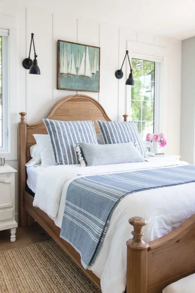 Top 20 Fun Colorful Summer Guest Bedroom In 2020 Lake House Bed Home Decor Bedroom Lakehouse Bedroom