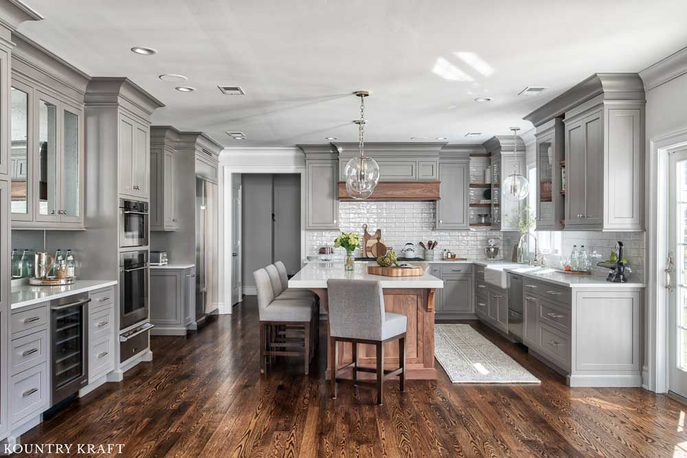 If You Decide To Remodel Your Kitchen You Must Consider A Design Style That Reflects Your Needs A Grey Kitchen Designs Interior Design Kitchen Kitchen Interior
