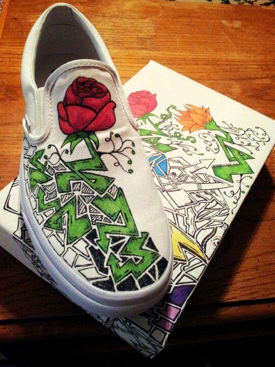 RACHEL ESTRADA s son s creative drawings on a pair of plain white Vans shoes.  I love it!!! 8c64a1a1a