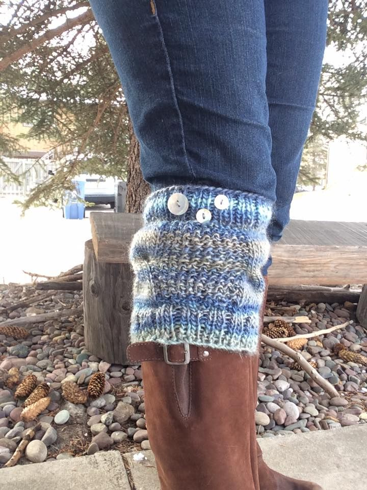 These great boot cuffs are a project that we'll be attempting at Café Knitting on Tuesdays.