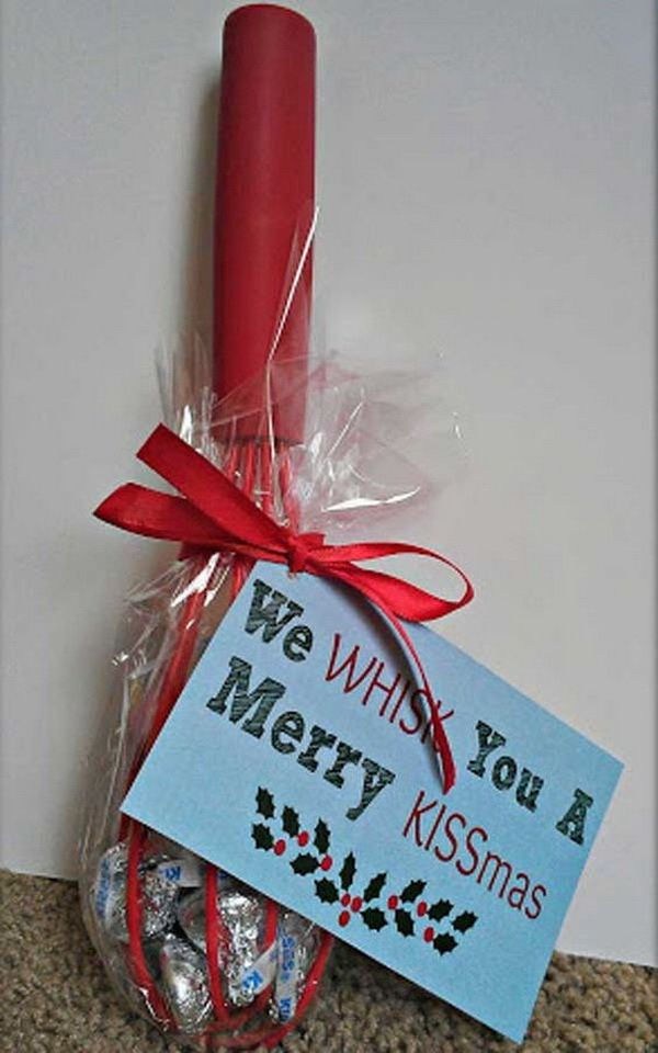 Sweet KISS Christmas Gifts with Free Printable. Quick and Inexpensive  Christmas Gift Ideas for Neighbors - 30+ Quick And Inexpensive Christmas Gift Ideas For Neighbors