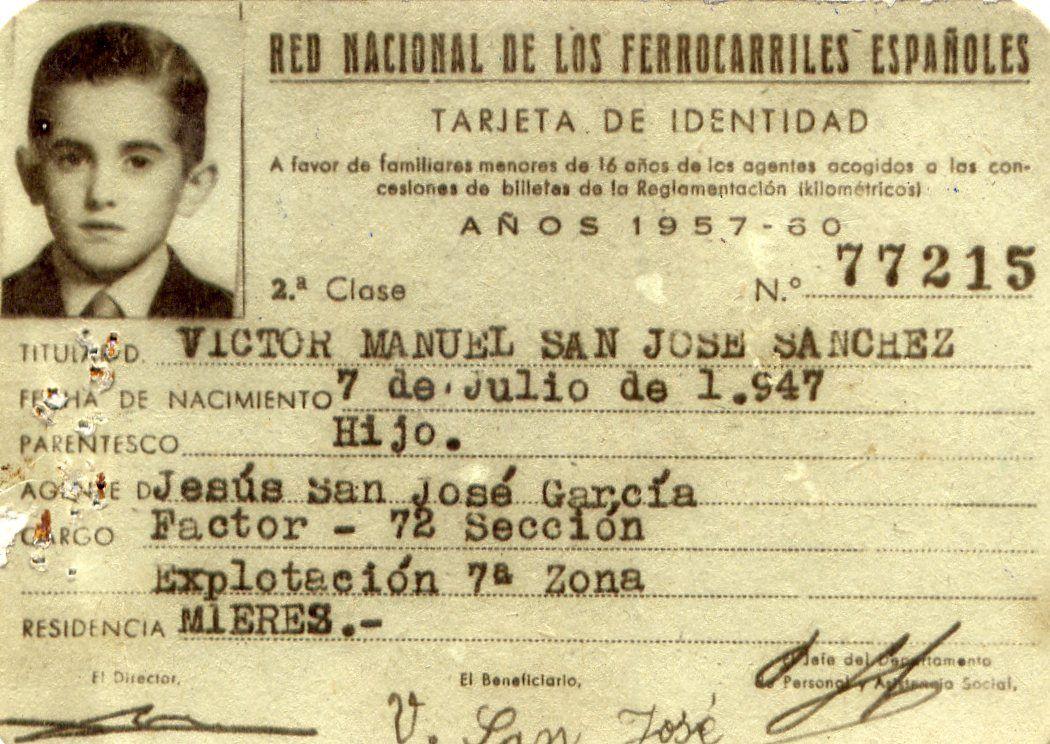 Archivo de Víctor Manuel: Carné a favor de familiares menores de 16 años de empleados de la Red Nacional de Ferrocarriles Españoles (1957-1960).