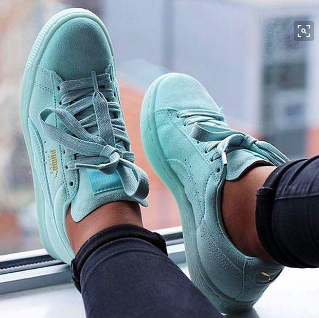 Light Green Shoes 2018