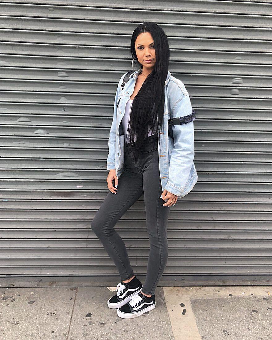 Vans Old Skool Skate Shoe Black | White vans outfit, Black