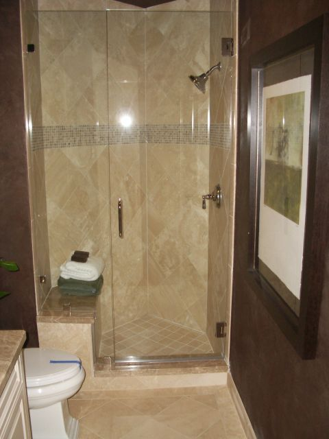 Ivory Travertine with Emperador Light Boarder Shower InstallIvory ...