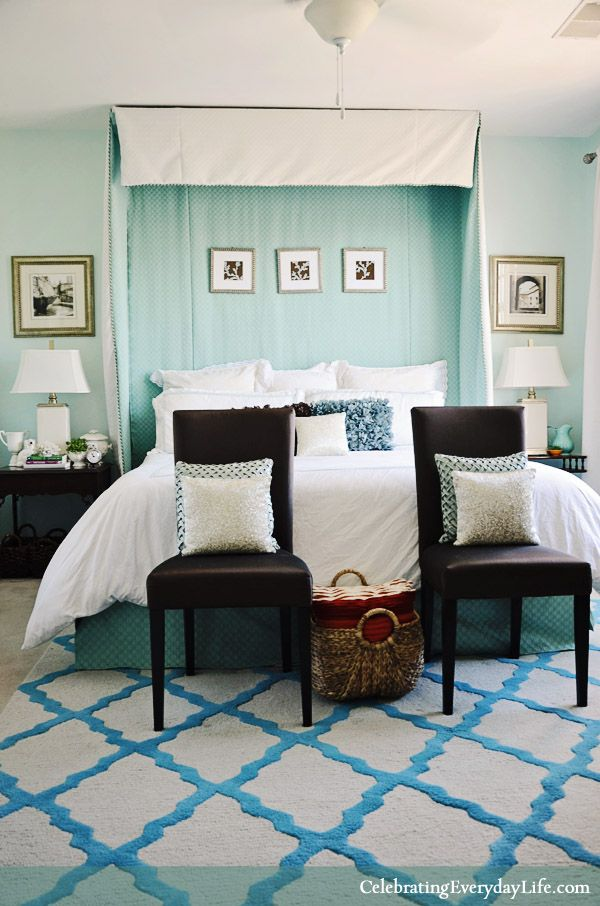 We All Love A Pretty Bedroom Makeover Right I This Aqua Colored Jennifer Carroll