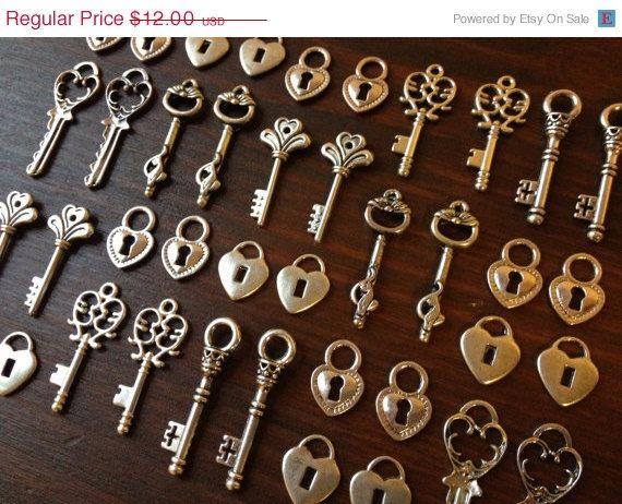 Wedding Sale Lock Key Skeleton Keys And Locks By Thejourneysend 10 80 Vintage Keys Antique Keys Vintage Skeleton Keys