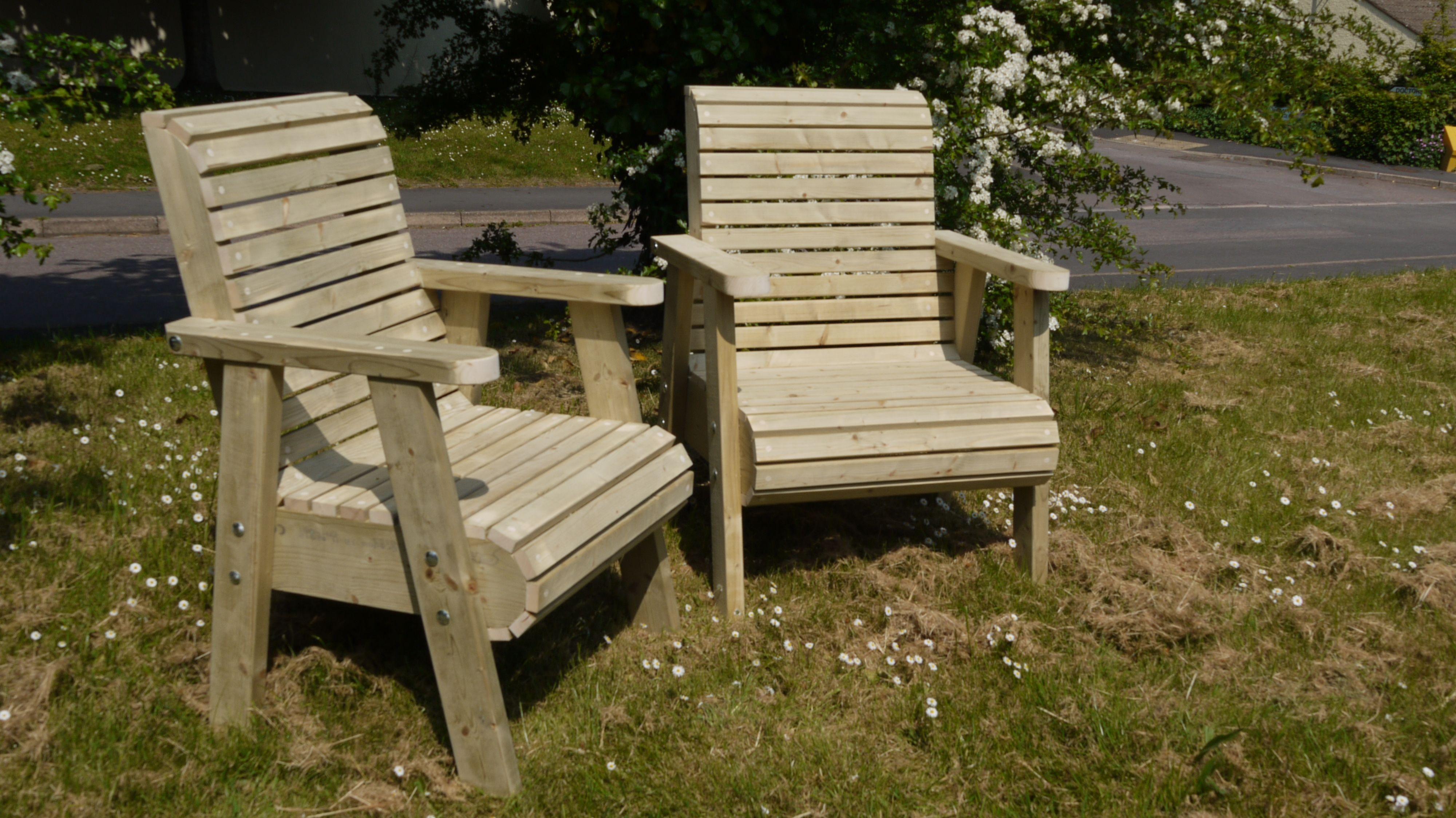 Sunbrella Mobel Klein Garten Mit Tisch Und Stuhlen Hof Mobel
