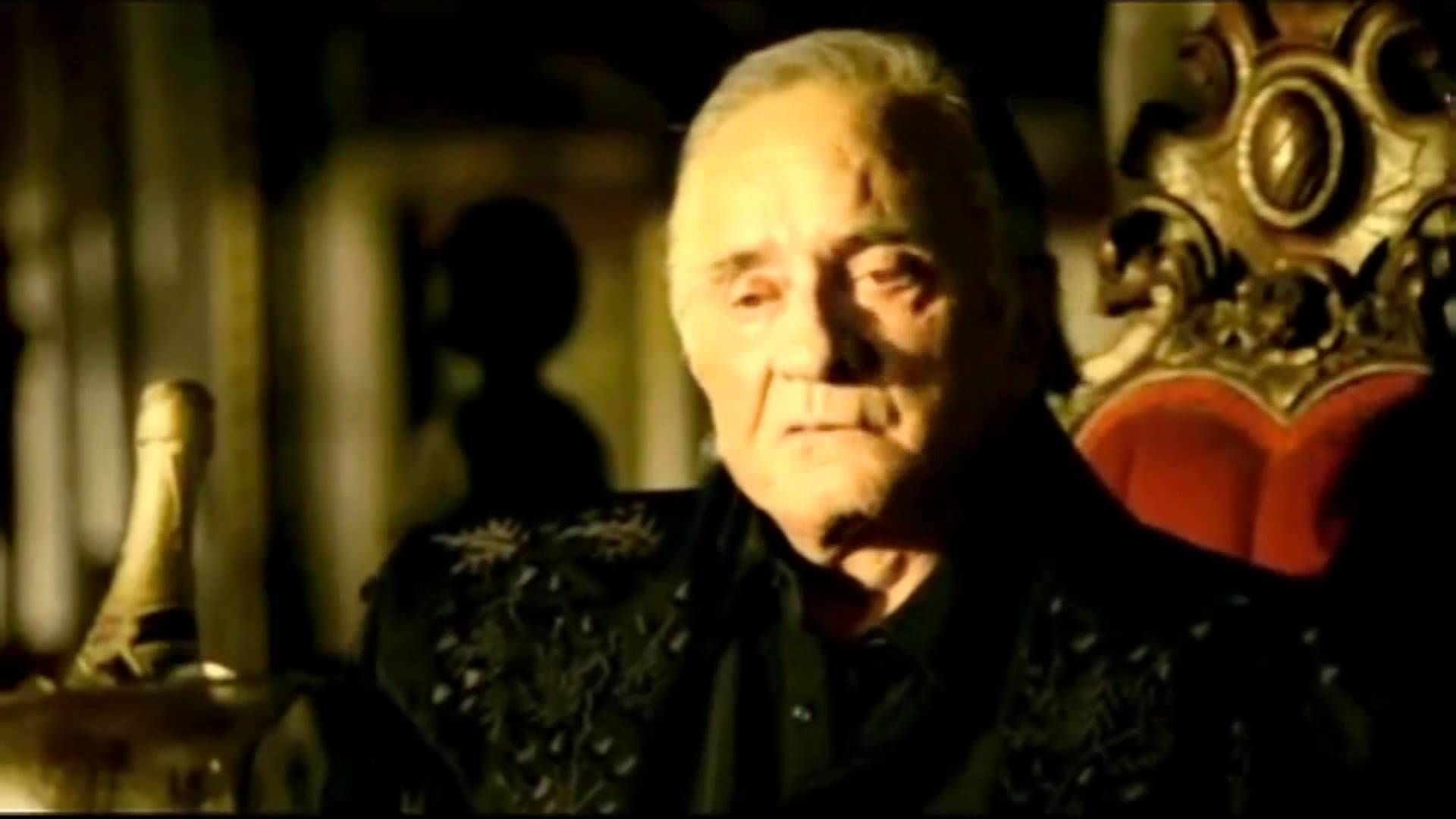 Johnny Cash - Hurt (Music Video) HD/HQ - NineInchNails Cover ...