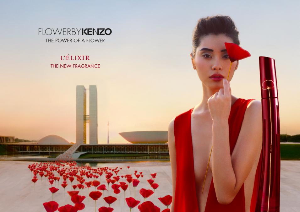 Femme + Robe + Rouge