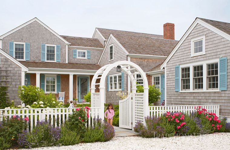 Nancy Serafini Interior Design In 2020 Nantucket Home Beautiful Homes Beach Cottage Style