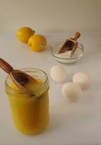 Lemon curd in the microwave (can be adapted to orange/lime and other fruits too)
