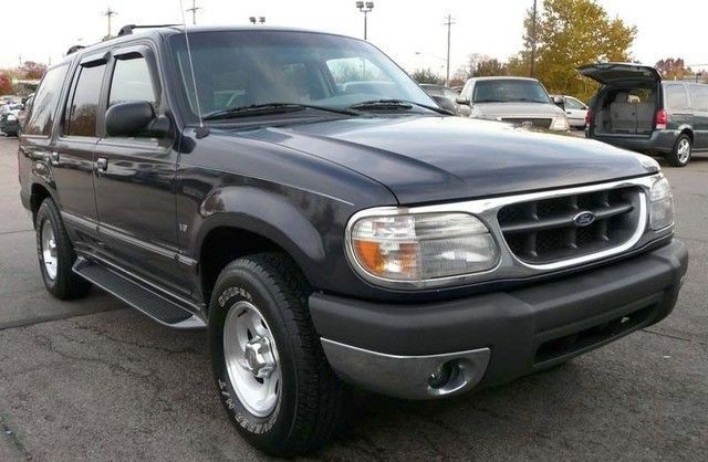 1999 Ford Explorer Coches