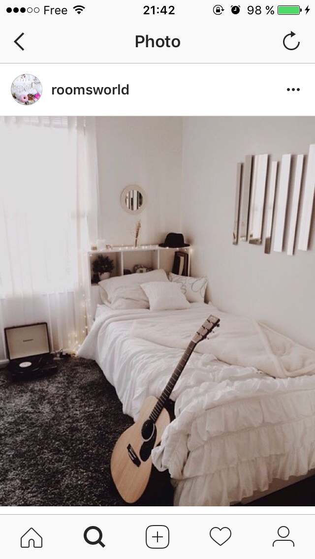 room guitar and bed Bild Pin by