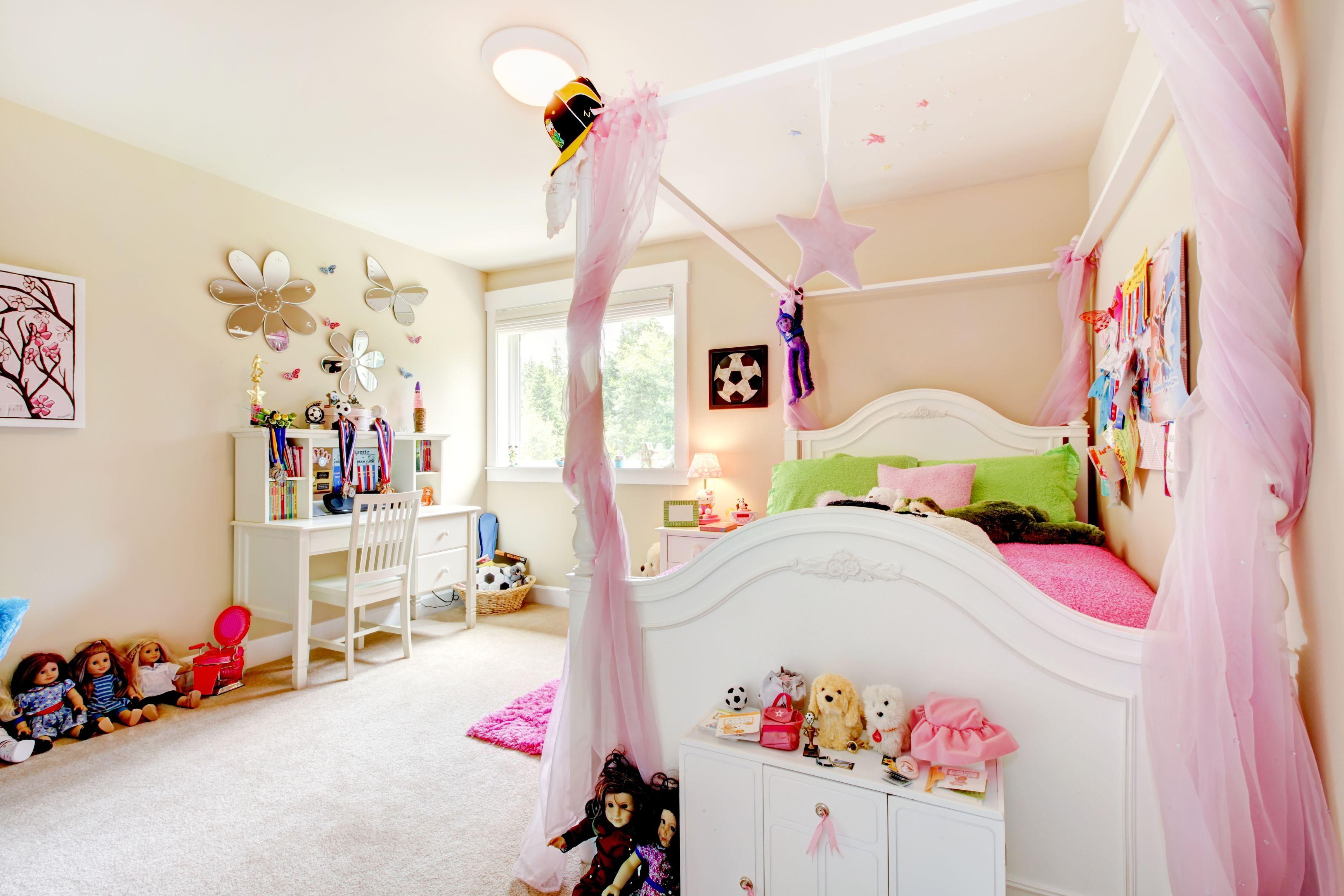 Camere Con Letto A Baldacchino : Esempio di cameretta per bambina con letto a baldacchino