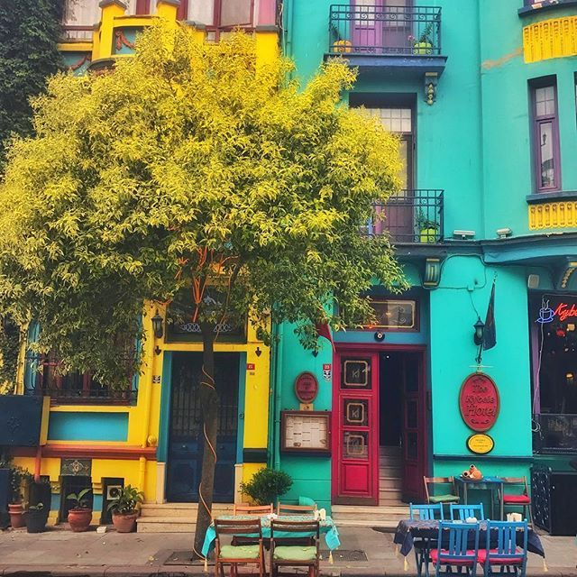 Istanbul, Turkey  #istanbul#türkiye#turkey  #happy#beautiful#love#sky#sun#sunset#sunrise#color#colors#cloud#clouds#good#chair#table#goodmorning#goodevening#goodnight#iphone#iphone7plus#way#tree#colorful#colorfull#home#house#houses#cafe