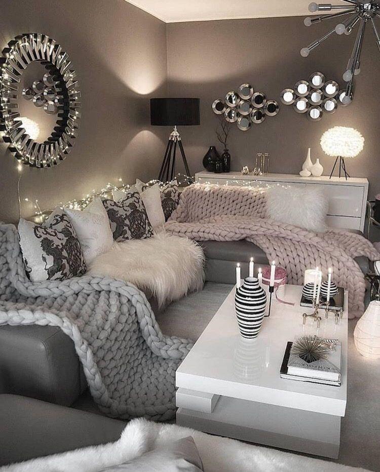 Functional Scandinavian Design En 2020 Idee Deco Salon Cocooning