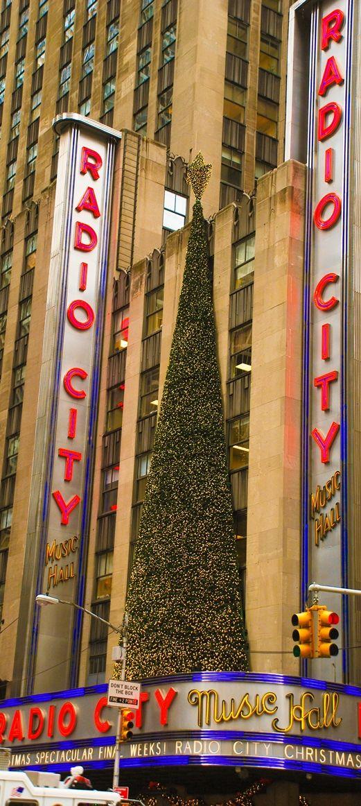 radio city music hall is home to the traditional nyc christmas show the radio city christmas spectacular - Nyc Christmas Shows