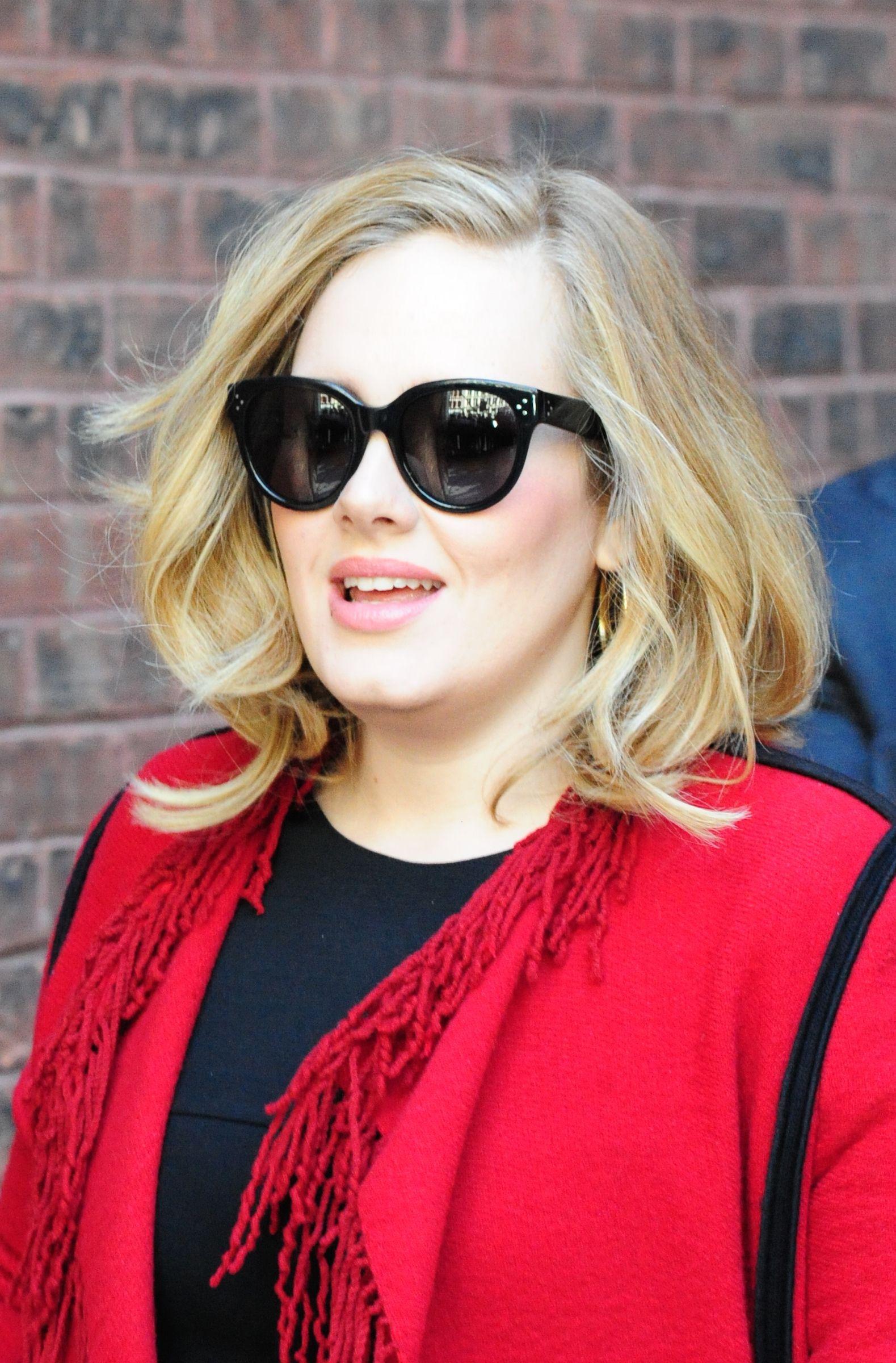 Adele S Sleek New Haircut Is The Perfect Twentysomething Style