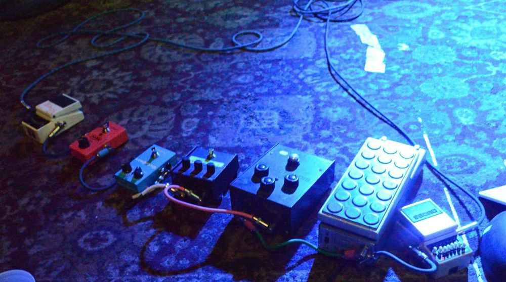 thurston moore pedal line breakdown pedal boards. Black Bedroom Furniture Sets. Home Design Ideas