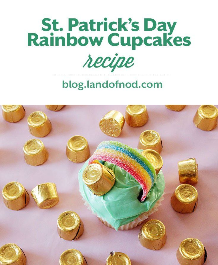 This St. Patrick's Day try making these fun St. Patrick's Day Rainbow Cupcakes and have your little ones follow the rainbow to their own pot of gold!