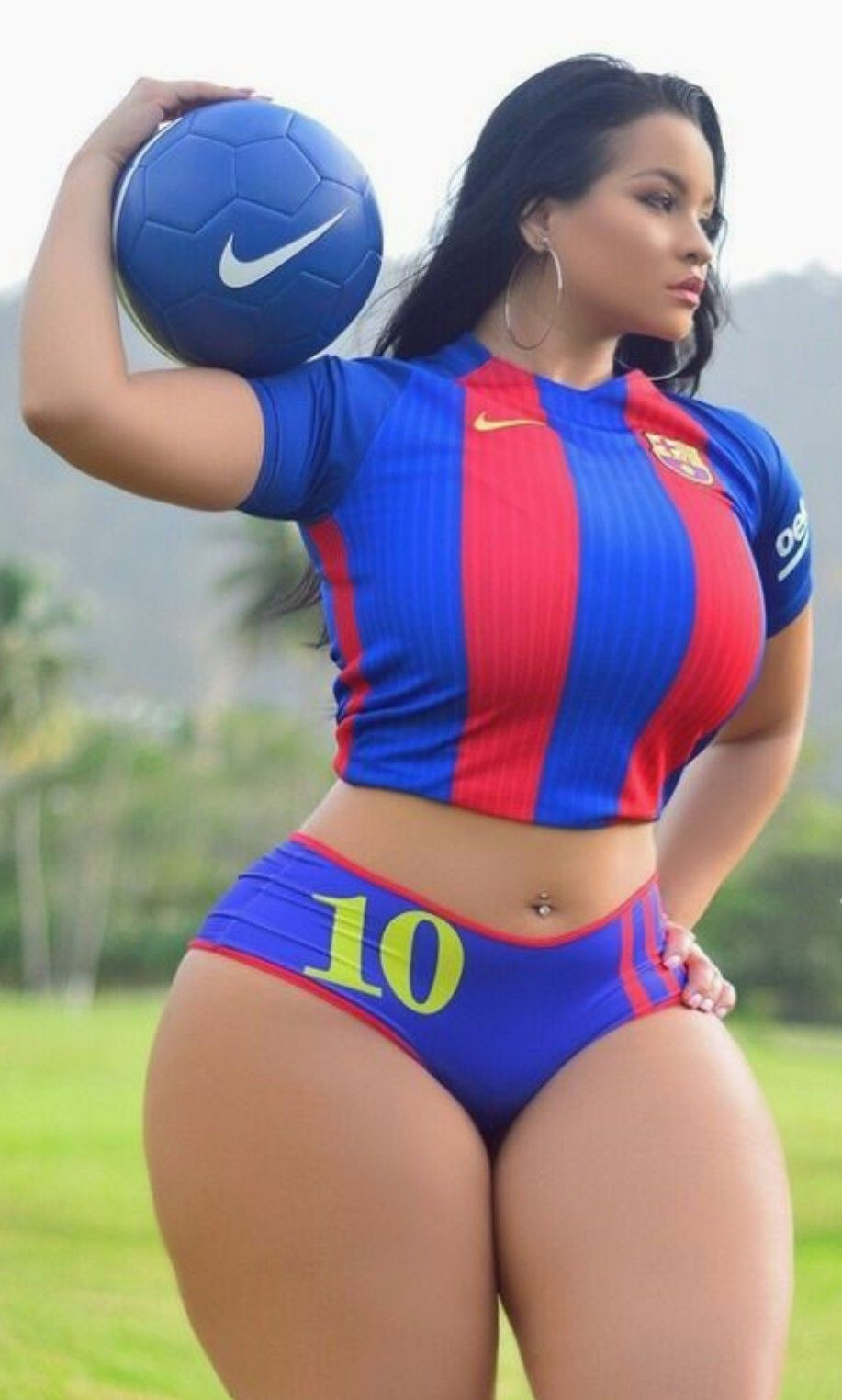 curvy latina girls