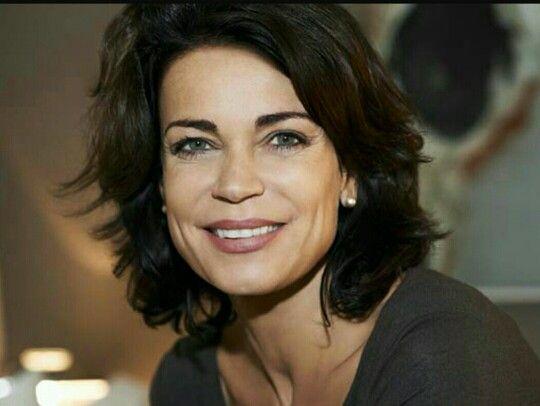 Gerit Kling Duitse Actrice En Zus Van Anja Frisuren Darsteller